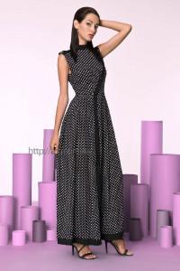 Как организовать выгодную розничную продажу женской одежды
